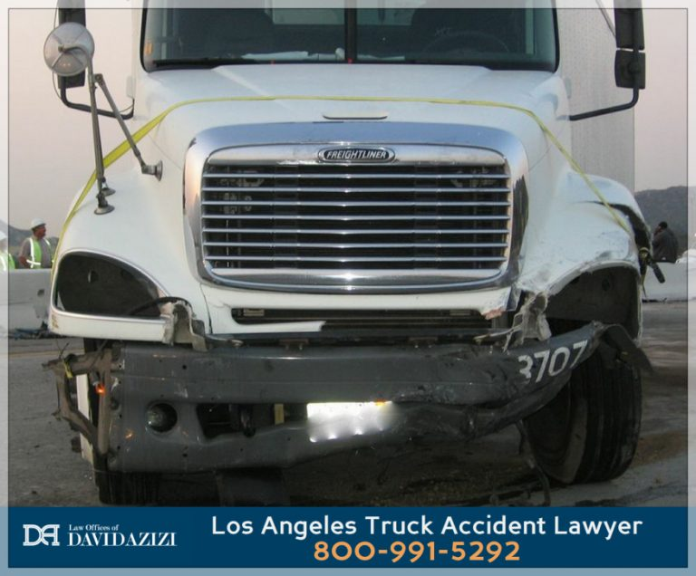 Los Angeles Truck Accident Lawyer - David Azizi