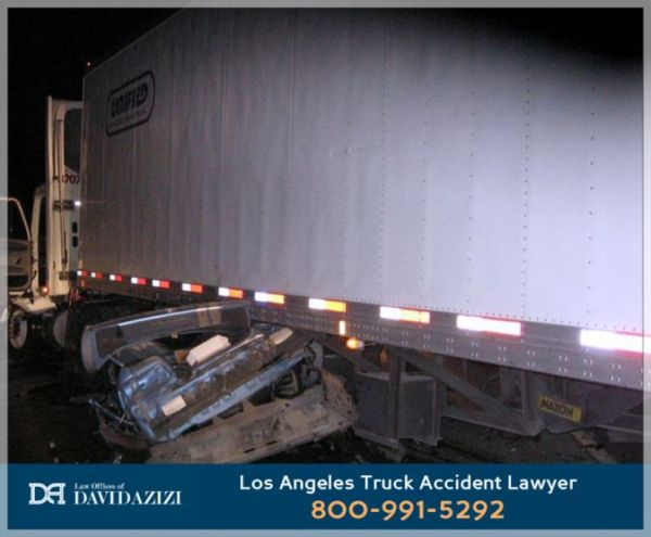 Los Angeles Truck Accident Law Firm - David Azizi