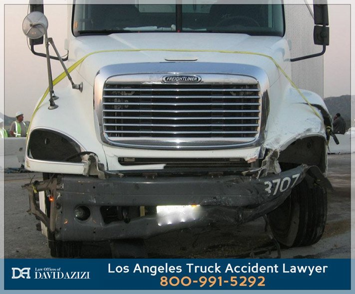 Truck Accident Lawyer Los Angeles - David Azizi