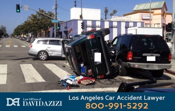 Los Angeles Car Accident Lawyer - Azizi
